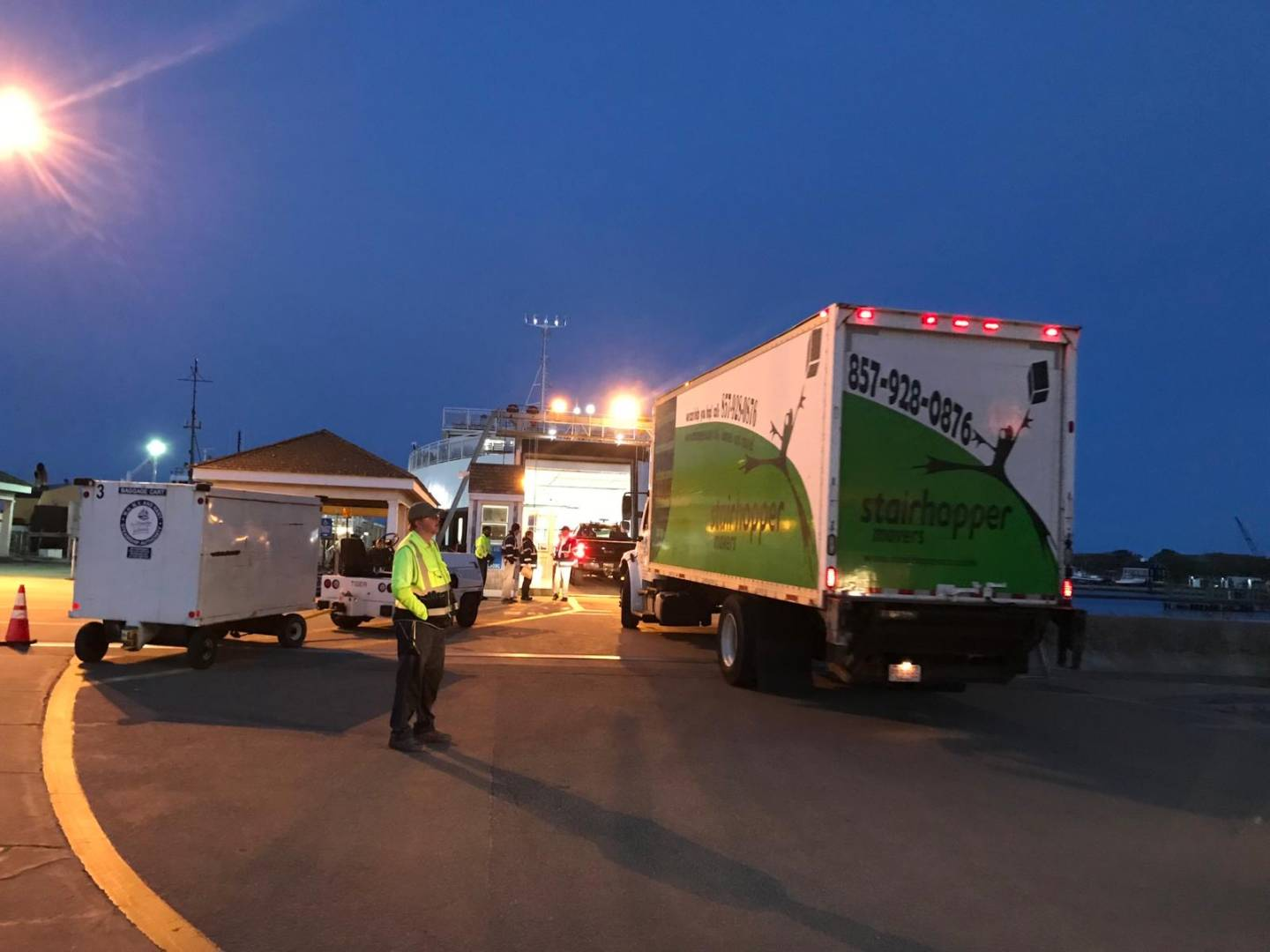 MOVERS IN HAMILTON | STAIRHOPPER MOVERS
