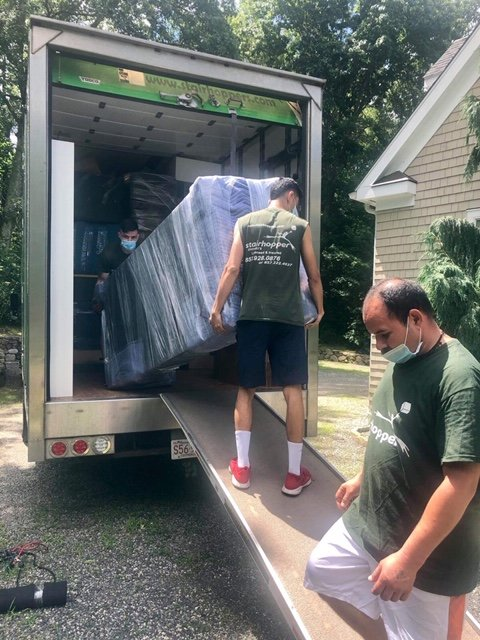 MOVERS IN MARBLEHEAD | STAIRHOPPER MOVERS