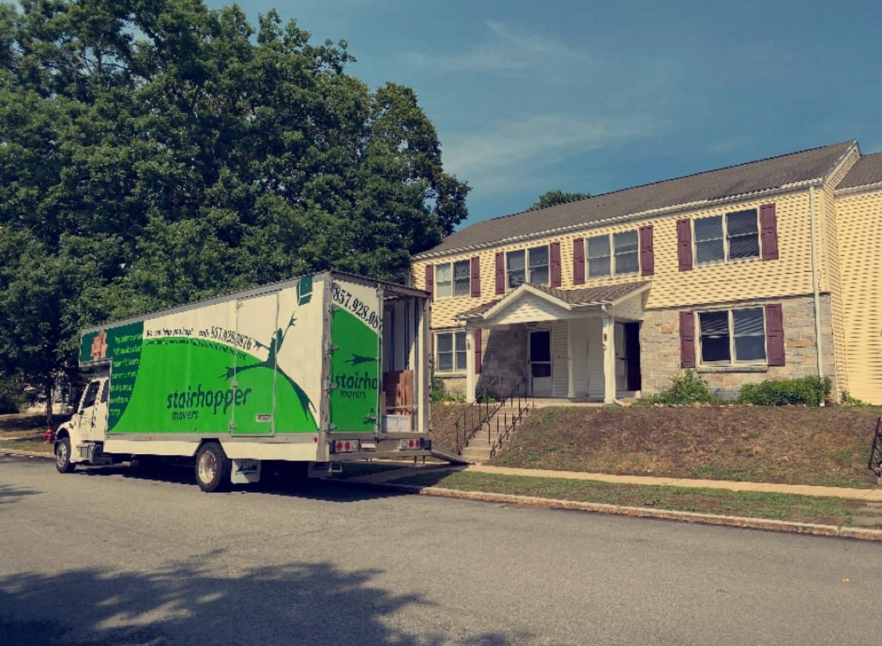 MOVERS IN WENHAM | STAIRHOPPER MOVERS